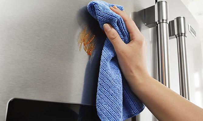 Maytag Refrigerators Fingerprint-Resistant Stainless Steel